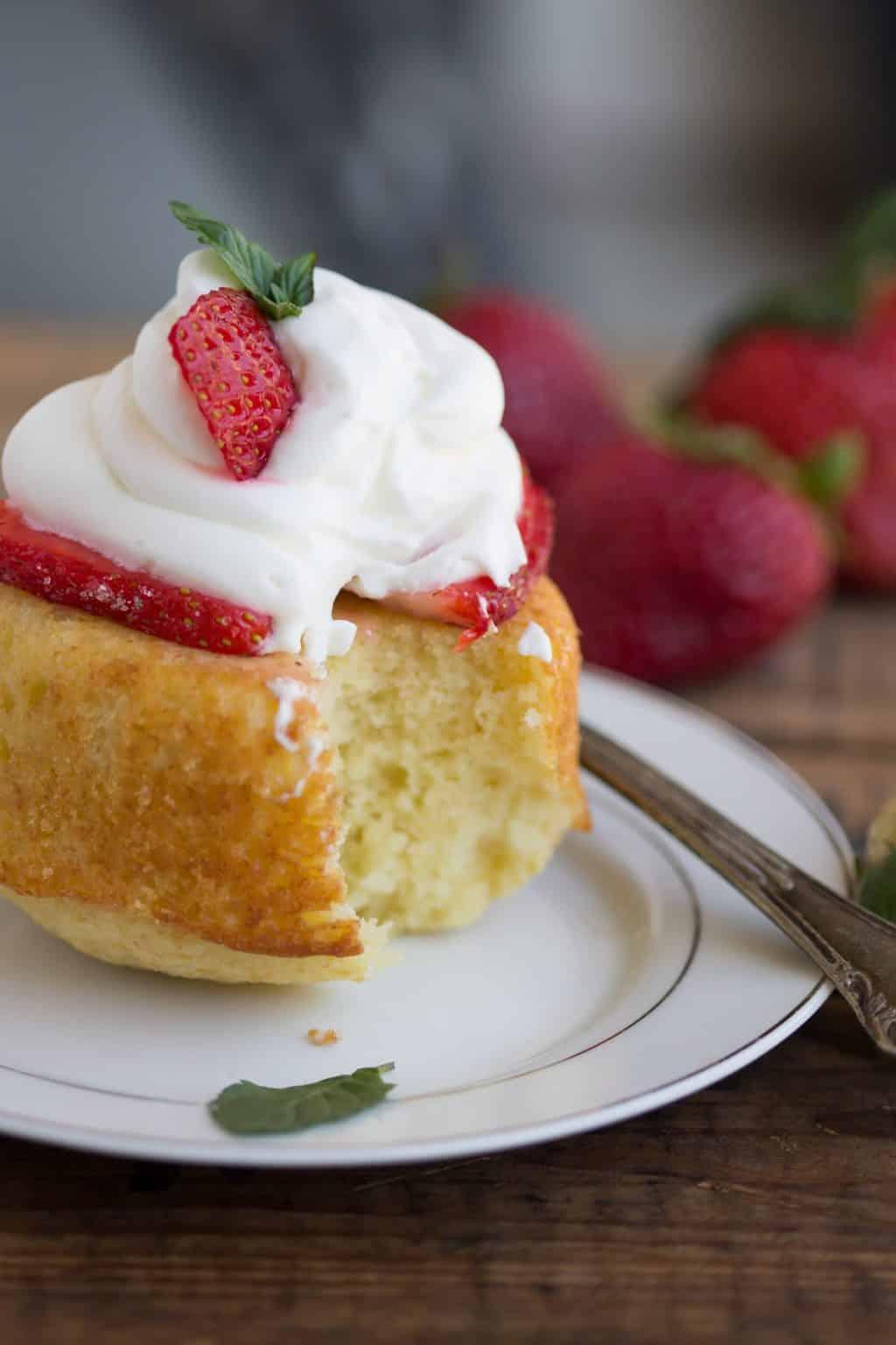Homemade Strawberry Shortcake Cake Recipe
