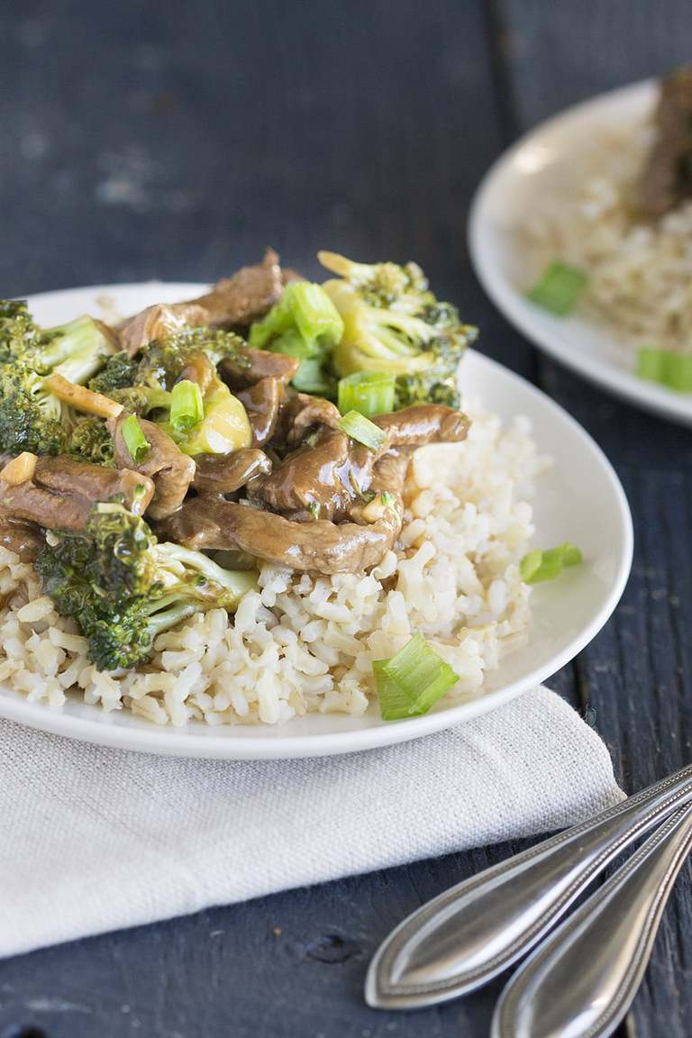 15 minute broccoli beef stir fry is truly a busy person's weeknight meal. Healthier than take out (and hell0--cheaper) you can get big, bold flavors on the table in, well, 15.