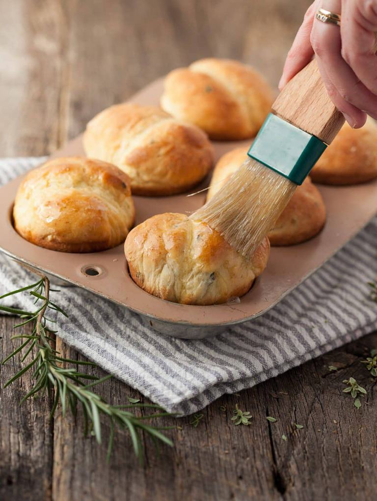Easy one-hour rosemary rolls use a box mix (Yep--that's what I said!) to kickstart this simple side dish for your holiday or everyday table. And they are ready in an hour or less.