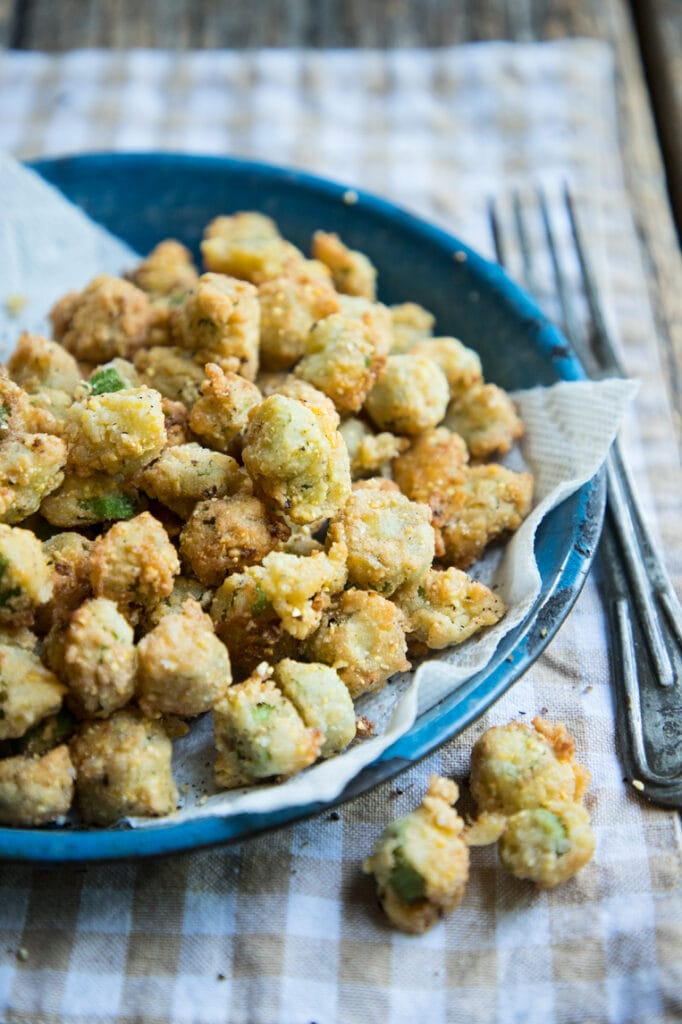 a big pan of fried okra ready to be eaten