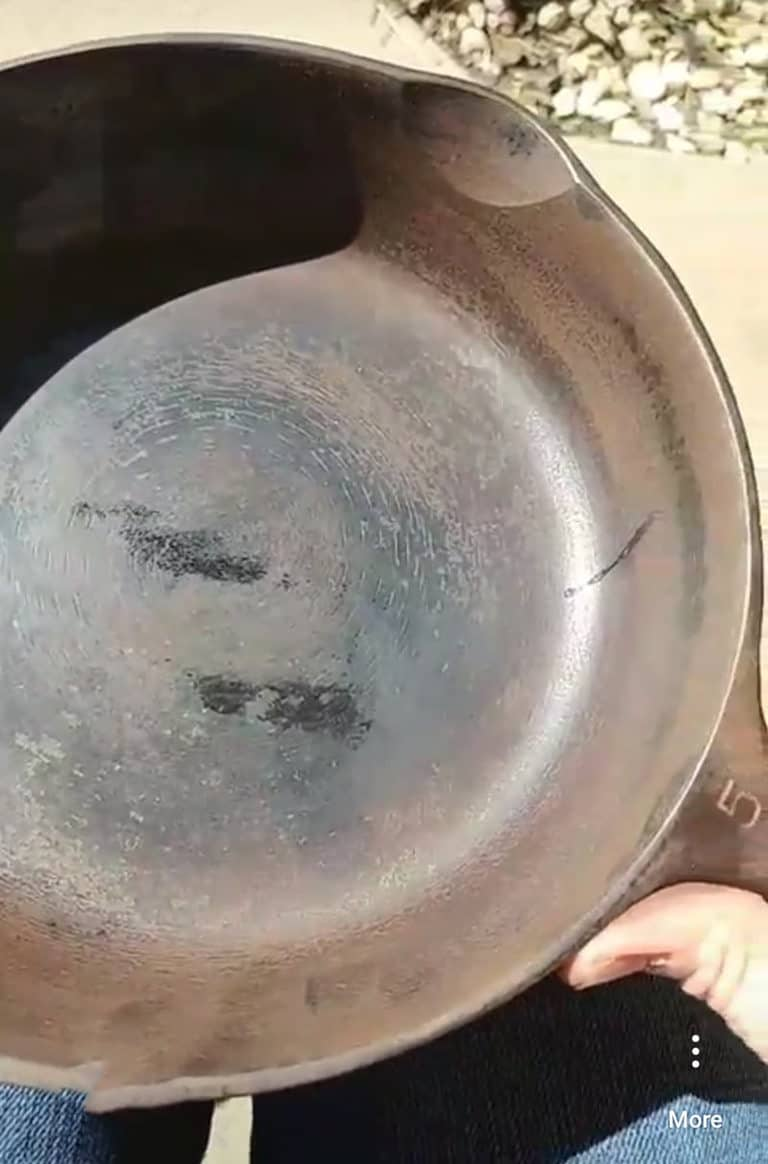 learn how to clean a rusty cast iron skillet