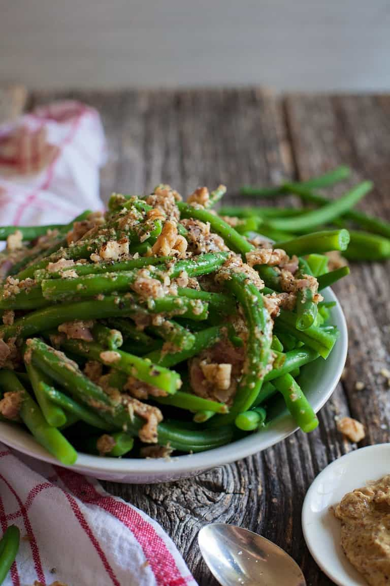sautéed green beans with mustard and shallots