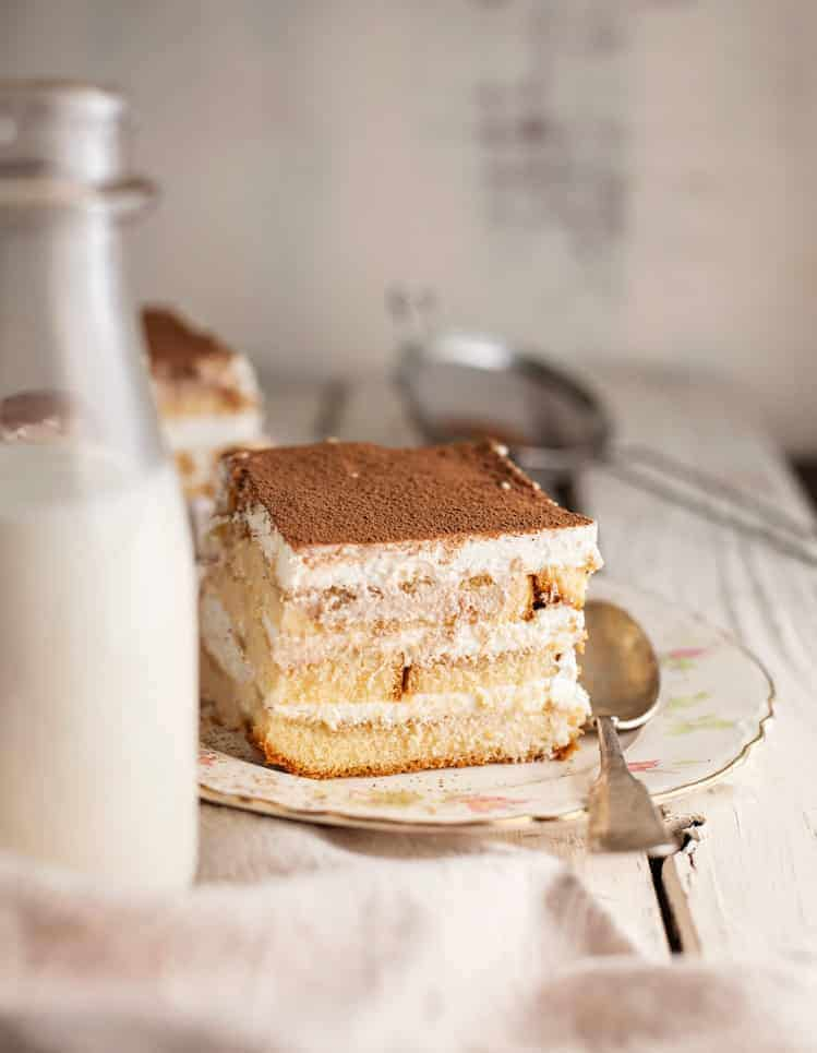 easy tiramisu with pound cake