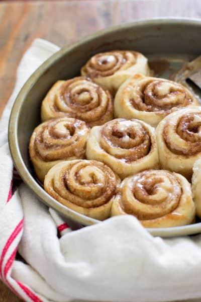 The world's easiest cinnamon rolls